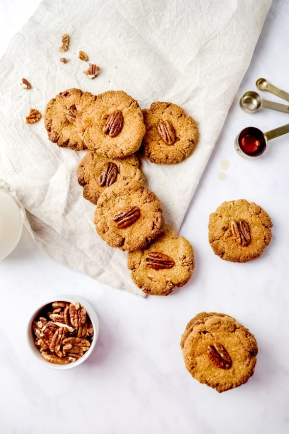 Maple and Pecan Cookies 2